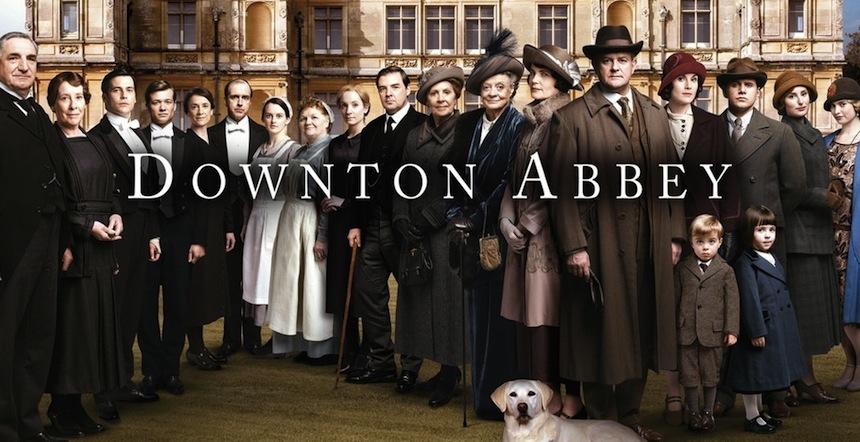 Plakat von Downton Abbey mit Schauspielern